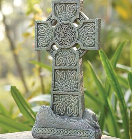 GARDEN CELTIC GARDEN STONE CROSS