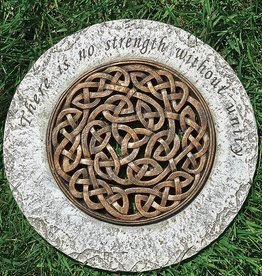 "GARDEN CELTIC KNOT ""STRENGTH"" STEPPING STONE"