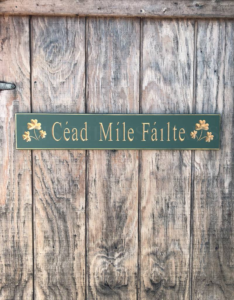 "PLAQUES, SIGNS & POSTERS ""CEAD MILE FAILTE"" CARVED WOOD SIGN"