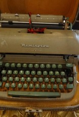 Remington Letter Riter Typewriter w Case