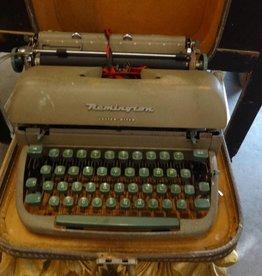 Remington Letter Riter Typewriter w Case