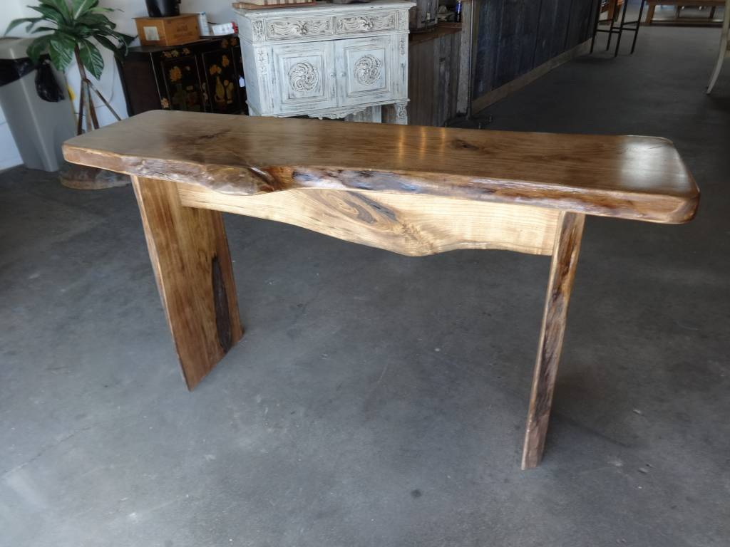 Delicieux Live Edge Table