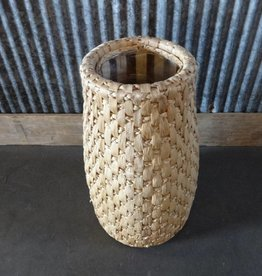 Tan Vase Basket
