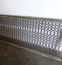 Iron railing 89 x 3 x 38