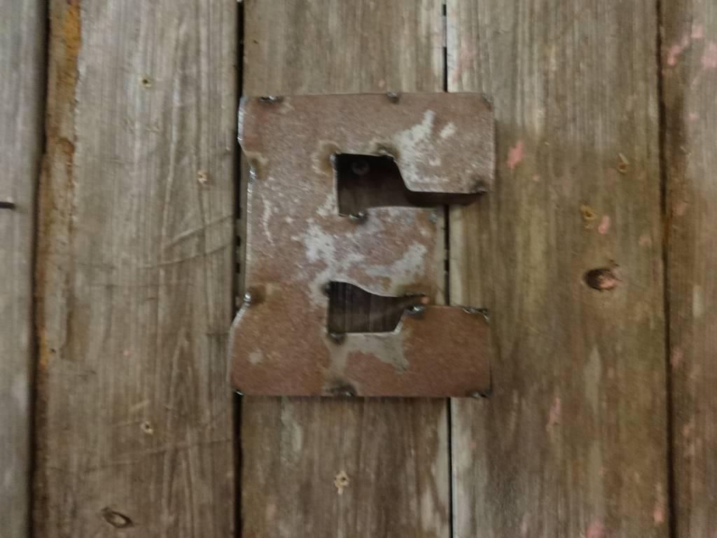 """5"""" Tin Letter E"""