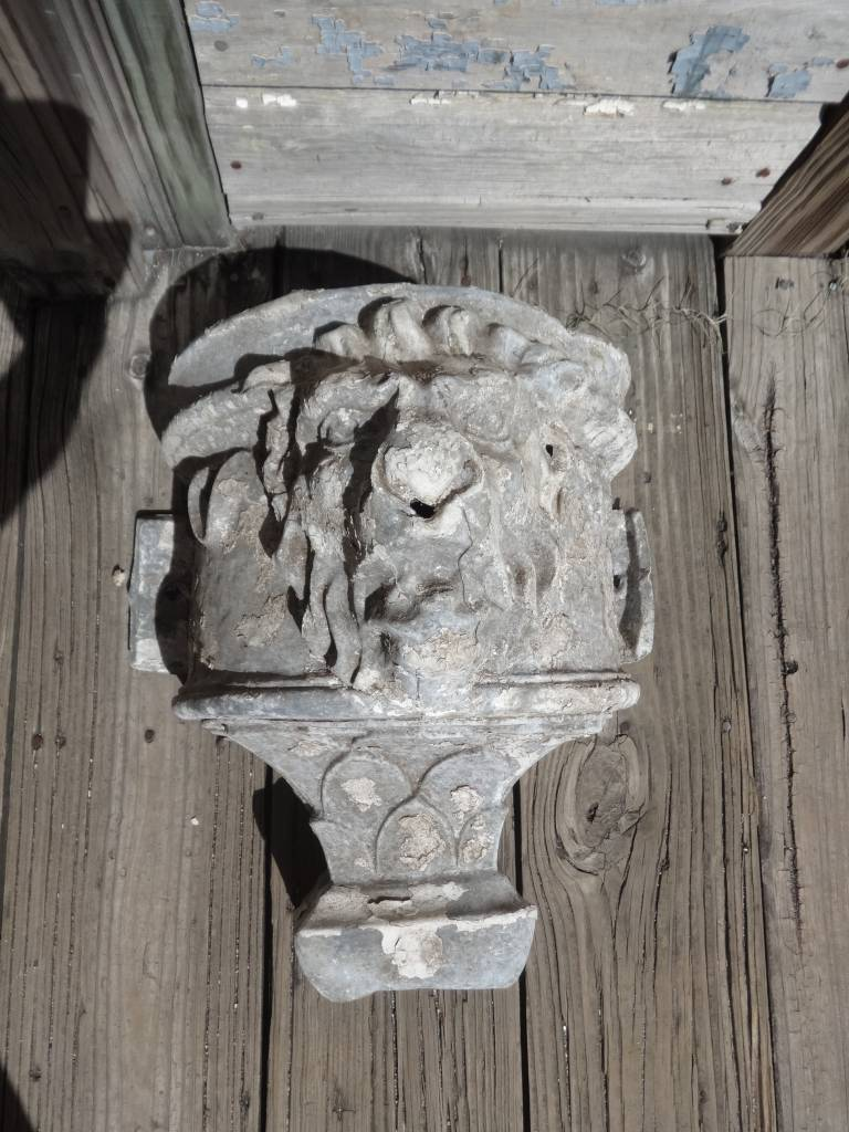 Antique Zinc Lion Face Downspout