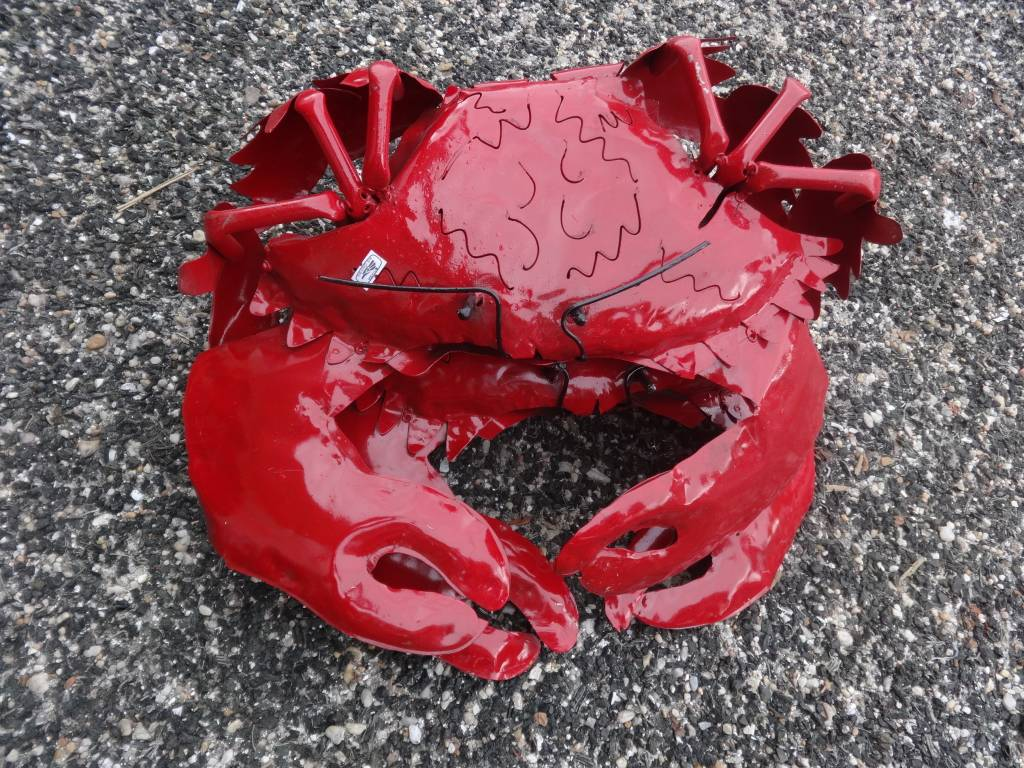 Tin Small Red Crab 18""