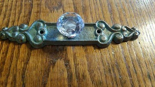 Antique Green Crystal Pull