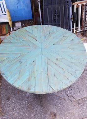"""55"""" Blue Stained Cypress Round"""
