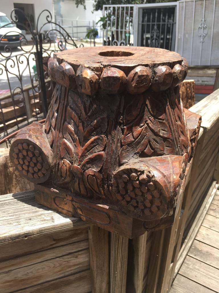 Large Leafy Brown Column Capital 14x14x12