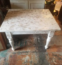 "Distressed White Dining Table 39"" X 48"" X 31.5"""