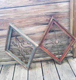 Medium Diamond Wire Window