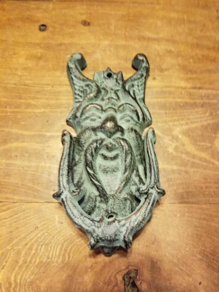 Sm Zues Door Knocker