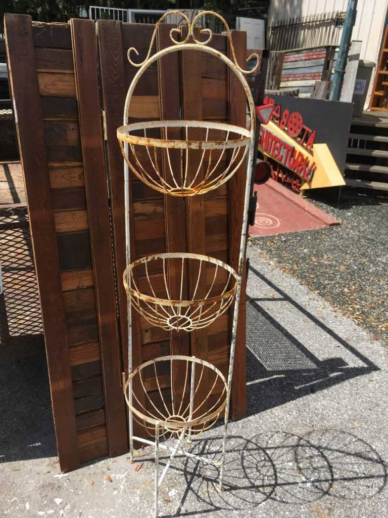 3 Round Basket Tower Planter