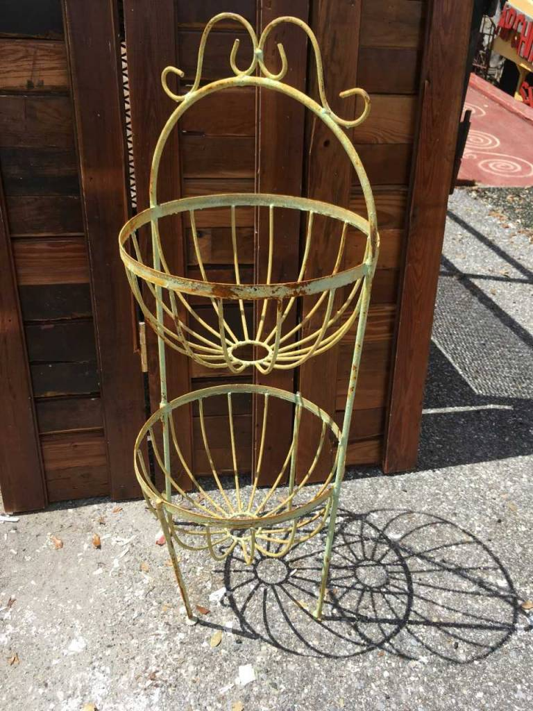 2 Round Basket Tower Planter