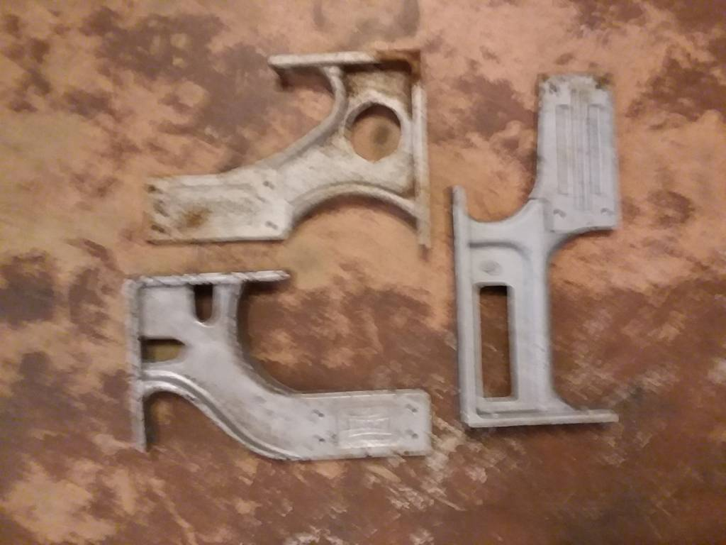 Lg Industrial Style Brackets