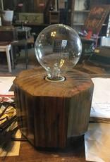 Gall Lamp 1