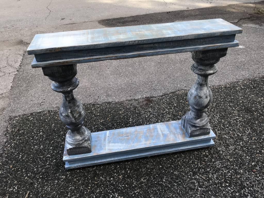 Ballsiter Entryway Table