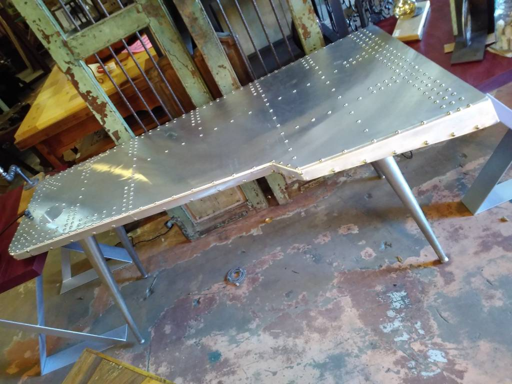 Airplane Wing Table 68L x 28W x 31T