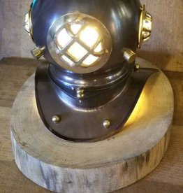 Divers Helmet Desk Lamp