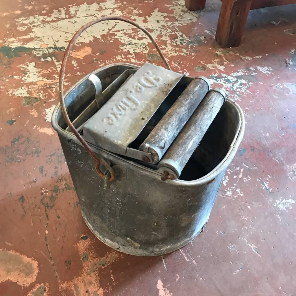 Vintage Deluxe Mop Bucket