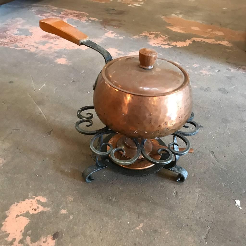 Copper Pot w/ metal stove