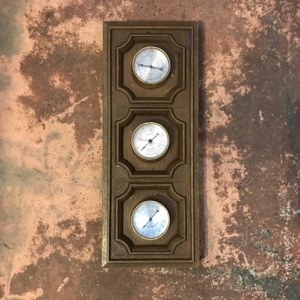 Barometer/Thermometer/Humidity Meter