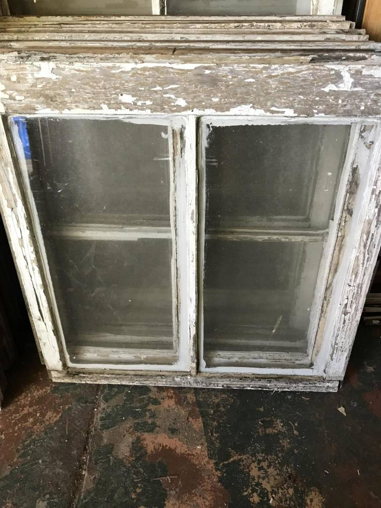 Double Pane Window 28 x 28