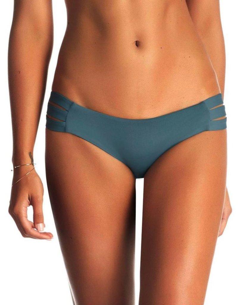 Swimwear Vitamin A - Emelia Triple Strap Bottom