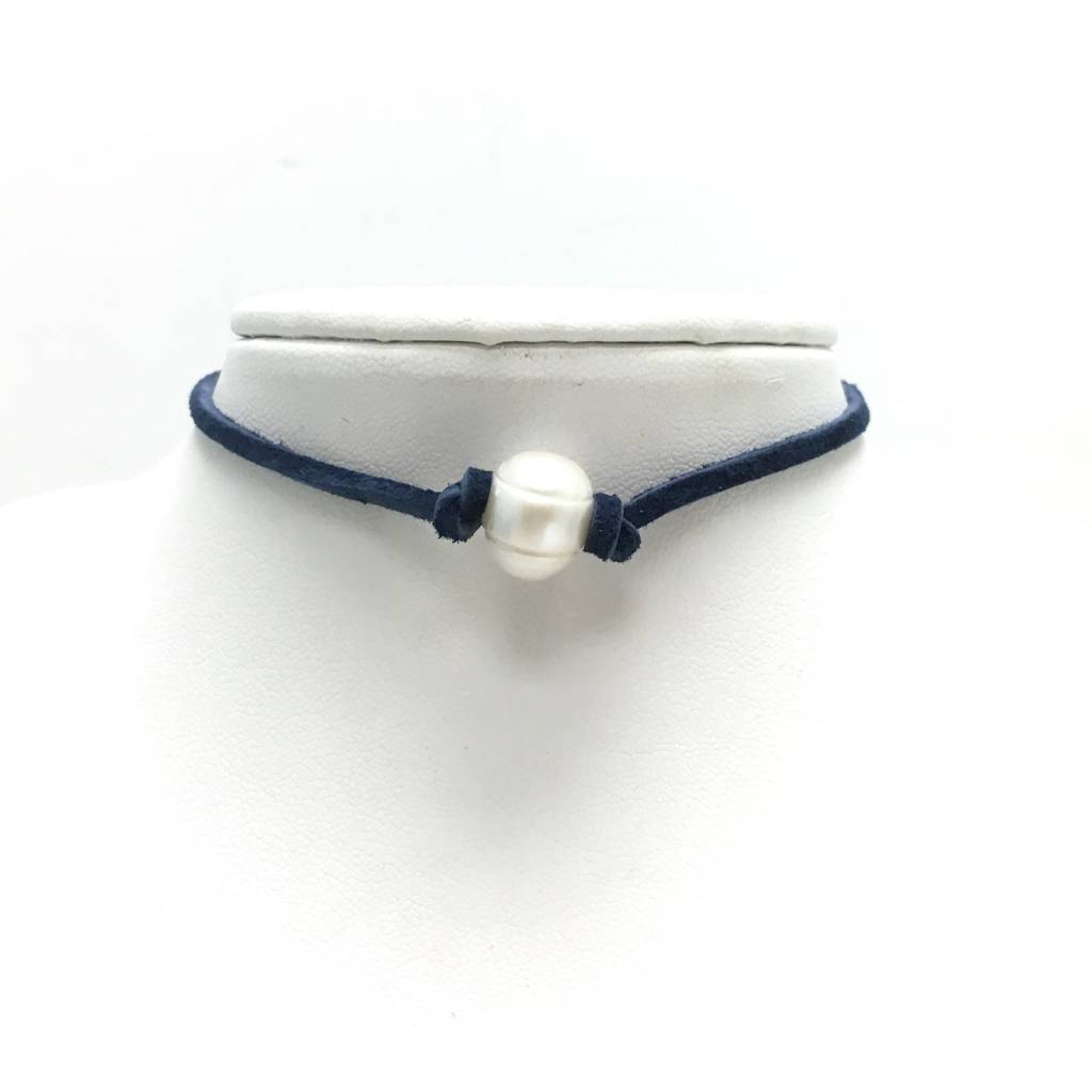 Freshwater Pearl Choker on Navy Suede