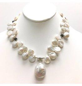 Biwa Keshi & FWP Necklace