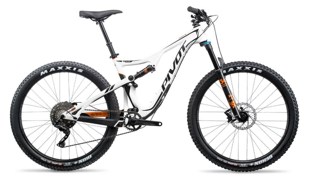 Pivot Cycles Pivot Mach 429Trail Carbon LG White Pro XT/XTR 1x 29
