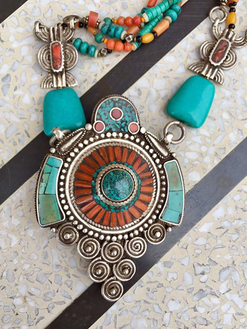 NATIVE AMERICAN JEWERLY / OLD PAWN @ ORISONS TIBETAN 2 SIDED  TURQUOISE CORAL AMBER NECKLACE