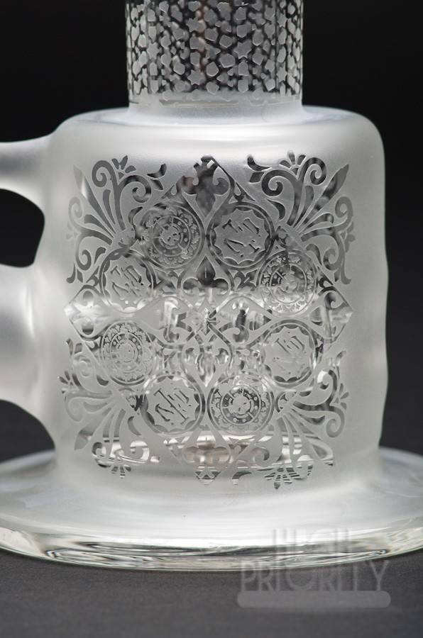Pakoh Pakoh x 2012 BC Glass Venetian Gridded Inline Bubbler