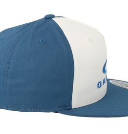 Oakley OAKLEY SLIVER 110 FLEXFIT HAT - CALIFORNIA BLUE
