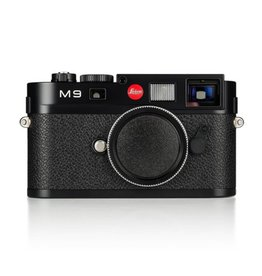 Used Leica M9 Black Chrome w/ 2 Extra Batteries, Thumbs Up, Hand Grip, Original Box