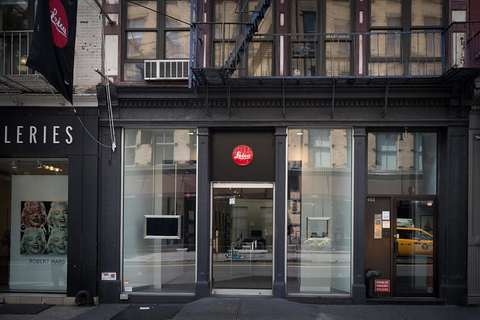 brand new 494c0 5c519 Leica Store New York Soho - Leica Online Store