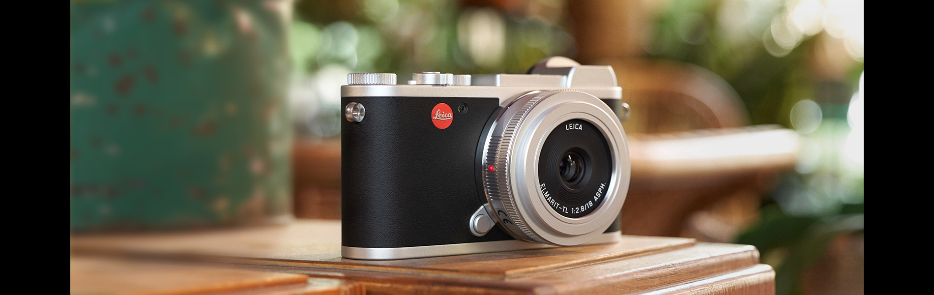 Leica CL Silver. Dream Big. Pack Small