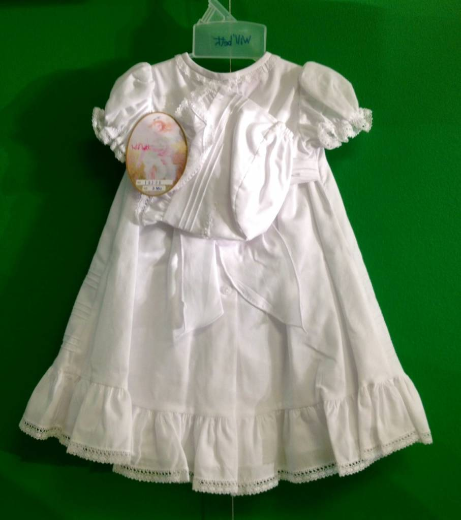 #16386 WHITE HEIRLOOM W/ BONNET