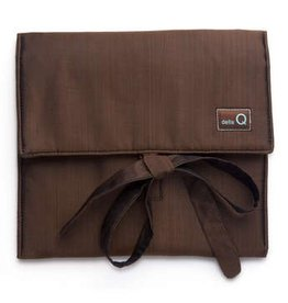 della Q The Que Circular Needle Case - Theo US 000 to US 6, Brown
