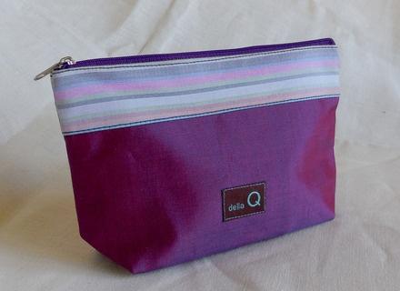 della Q Zip Pouch - Small, Purple