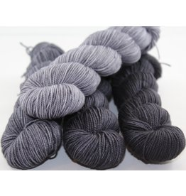 Knitted Wit Victory Fingering Gradient Kit, Carbon