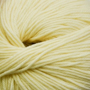 Cascade Yarns H/220 Superwash, Banana Cream Color 1915