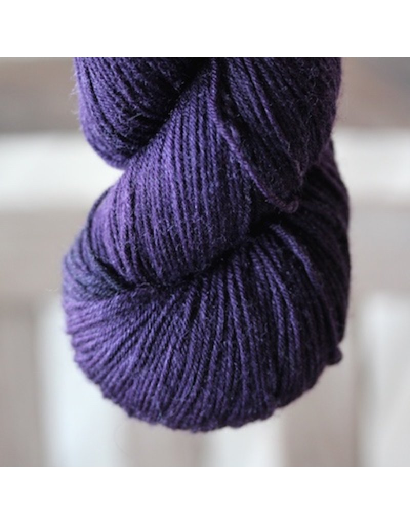 Abstract Fiber O'Keefe Plus, Eggplant *CLEARANCE*