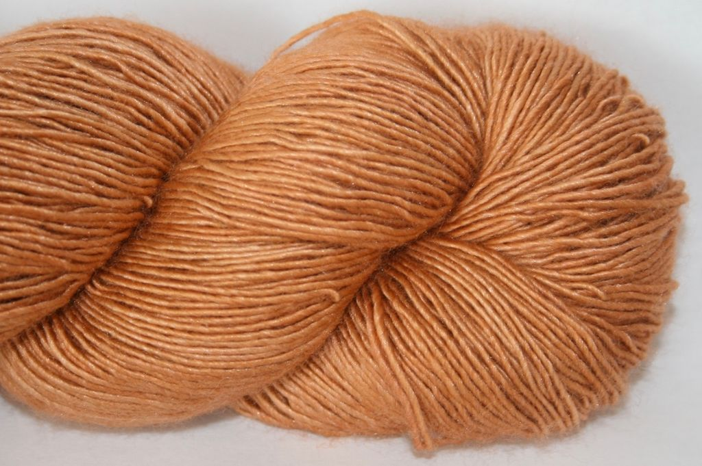 Alpha B Yarns Single Silk B, Option B