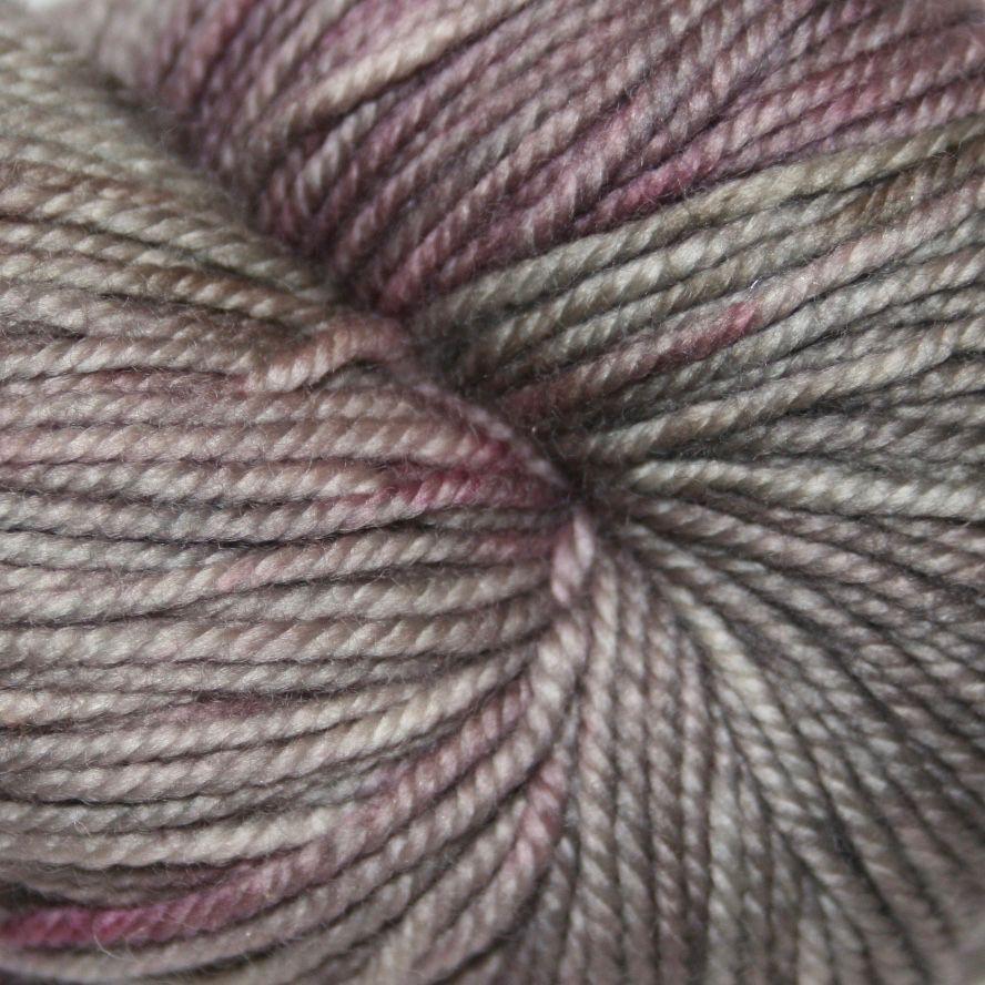 Black Trillium Fibres Sublime, Mousetail