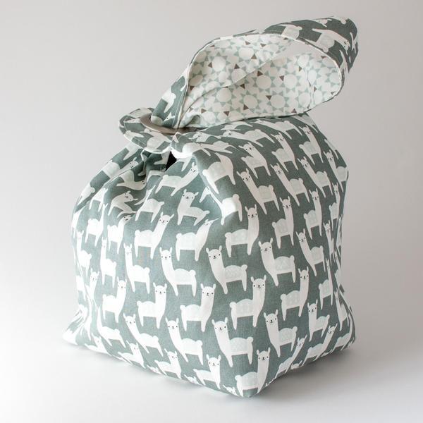 Binkwaffle Dumpling Bag - Large, Snowpaca