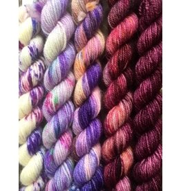 For Yarn's Sake, LLC Fading Point Jilly Yarn Kit, Velvet Port Beauty *Pre-Order*