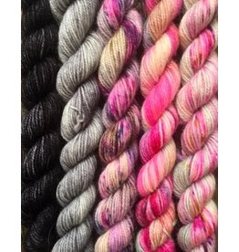 For Yarn's Sake, LLC Fading Point Smooshy Yarn Kit, Black Pearl Tabby *Pre-Order*
