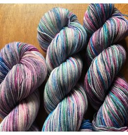 Knitted Wit HerStory Sock Club, Victory Sock: May 2018 - Prendre le Coeur